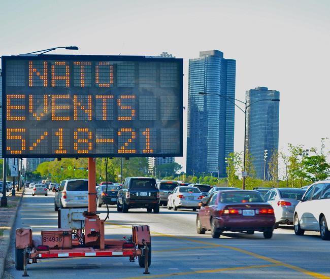 Siete personas bajo custodia por accidente con auto robado en Lake Shore Drive en Chicago