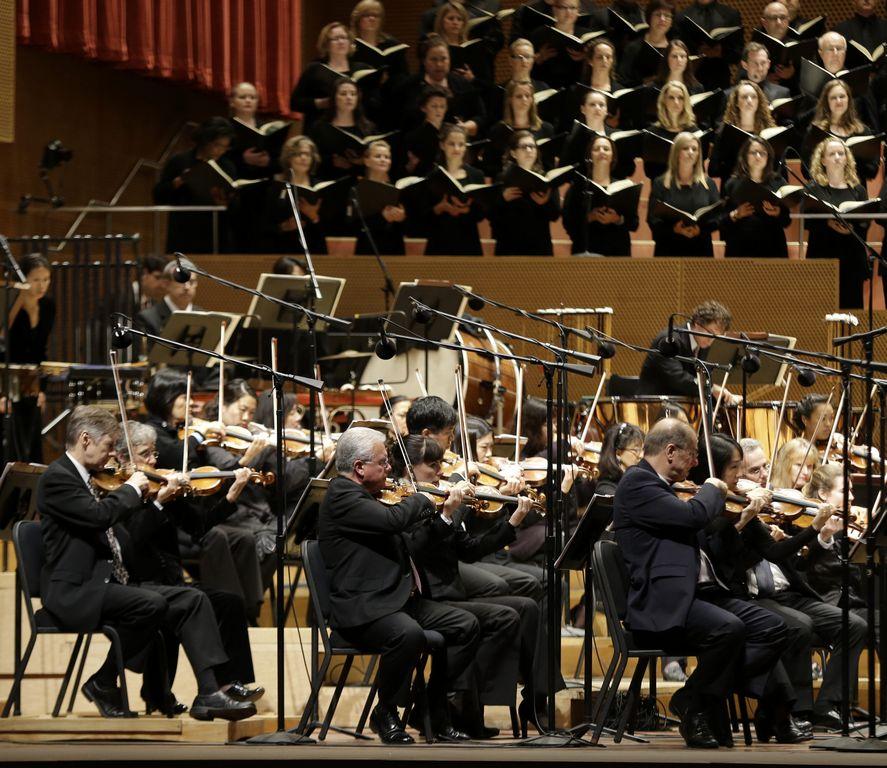 Músicos de la Orquesta Sinfónica de Chicago siguen en pie de lucha