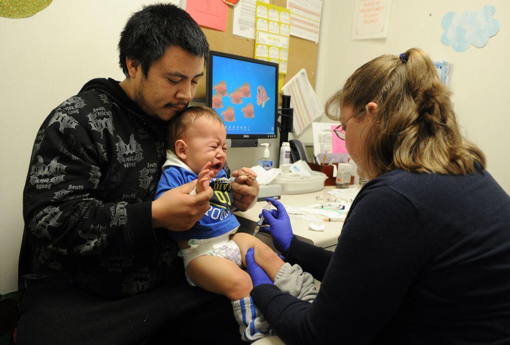 Infórmese de las opciones que tiene para vacunarse contra la influenza en Chicago y sus alrededores o para encontrar una clínica que está ofreciendo las vacunas sin costo.