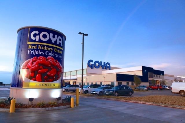 Goya dona 200,000 libras de alimentos y 20,000 máscaras durante epidemia de coronavirus