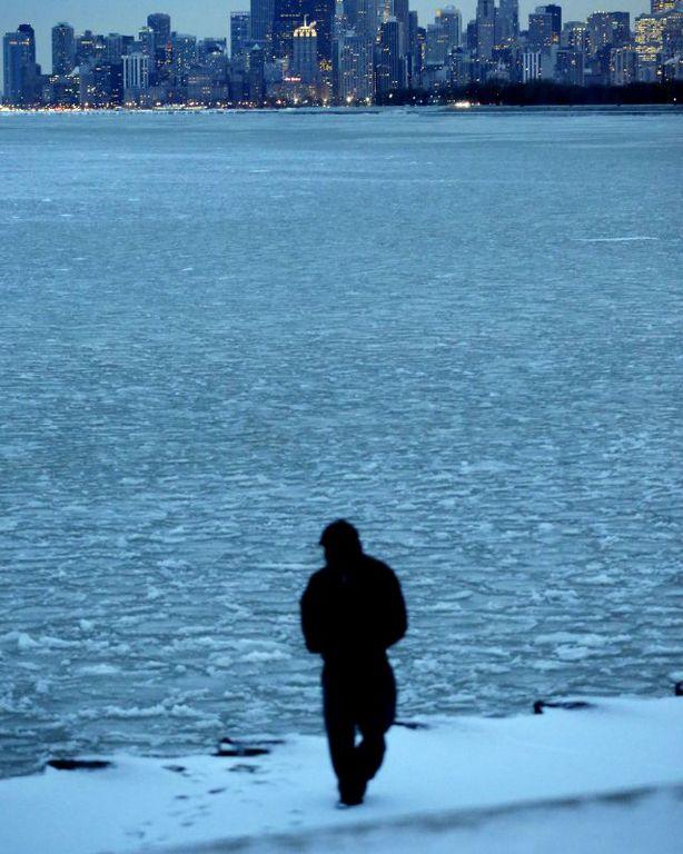 Identifican al hombre encontrado muerto en el agua cerca de Rainbow Beach