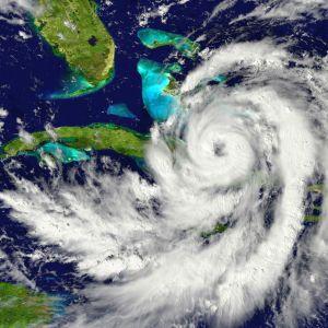 Exhortan a la comunidad a preparase para la temporada de huracanes