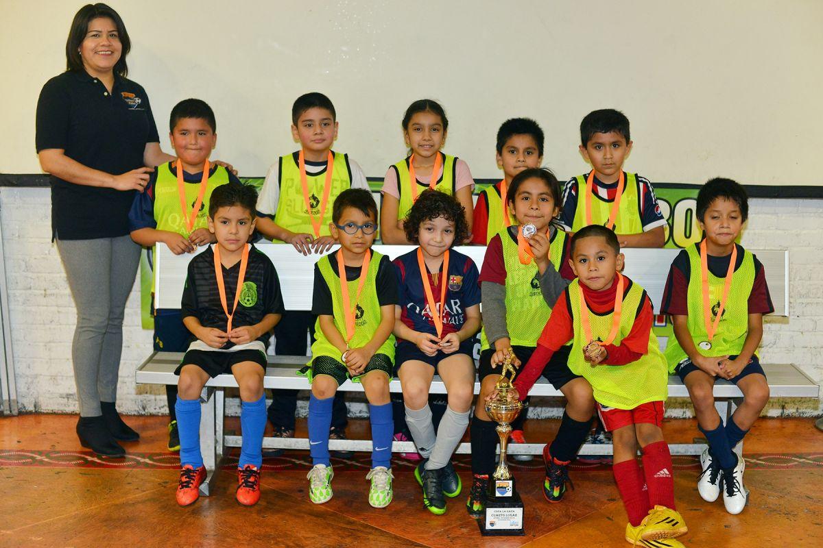 Copa La Raza abre divisiones para mujeres