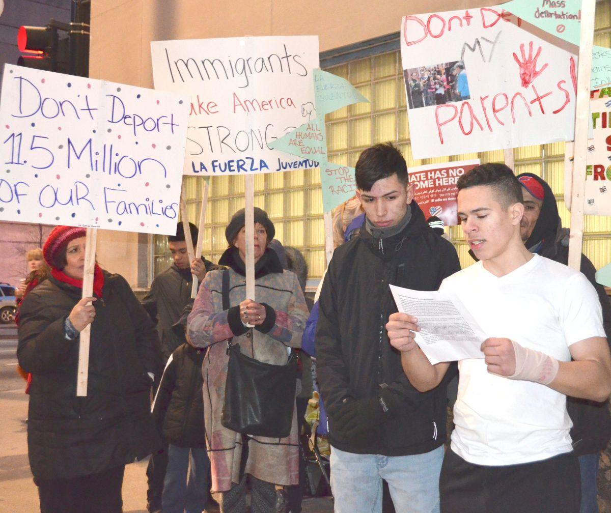 Protestas, organización e información contra redadas y deportaciones en Chicago