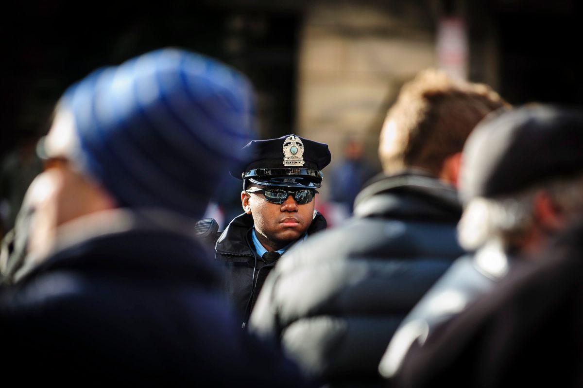 Acusan a tres policías de Chicago de obstruir la investigación del asesinato de Laquan McDonald