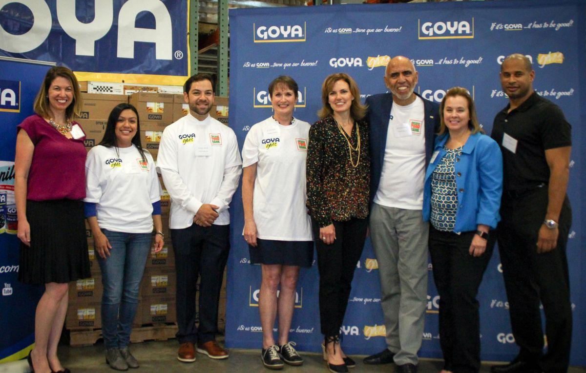 Goya donó 40,000 libras de comida al Banco de Alimentos del Norte de Illinois