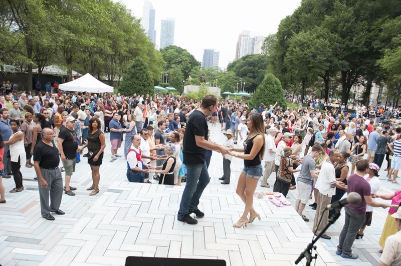Summerdance, demostración de baile y bailón en general será el 22 de julio en Grant Park.