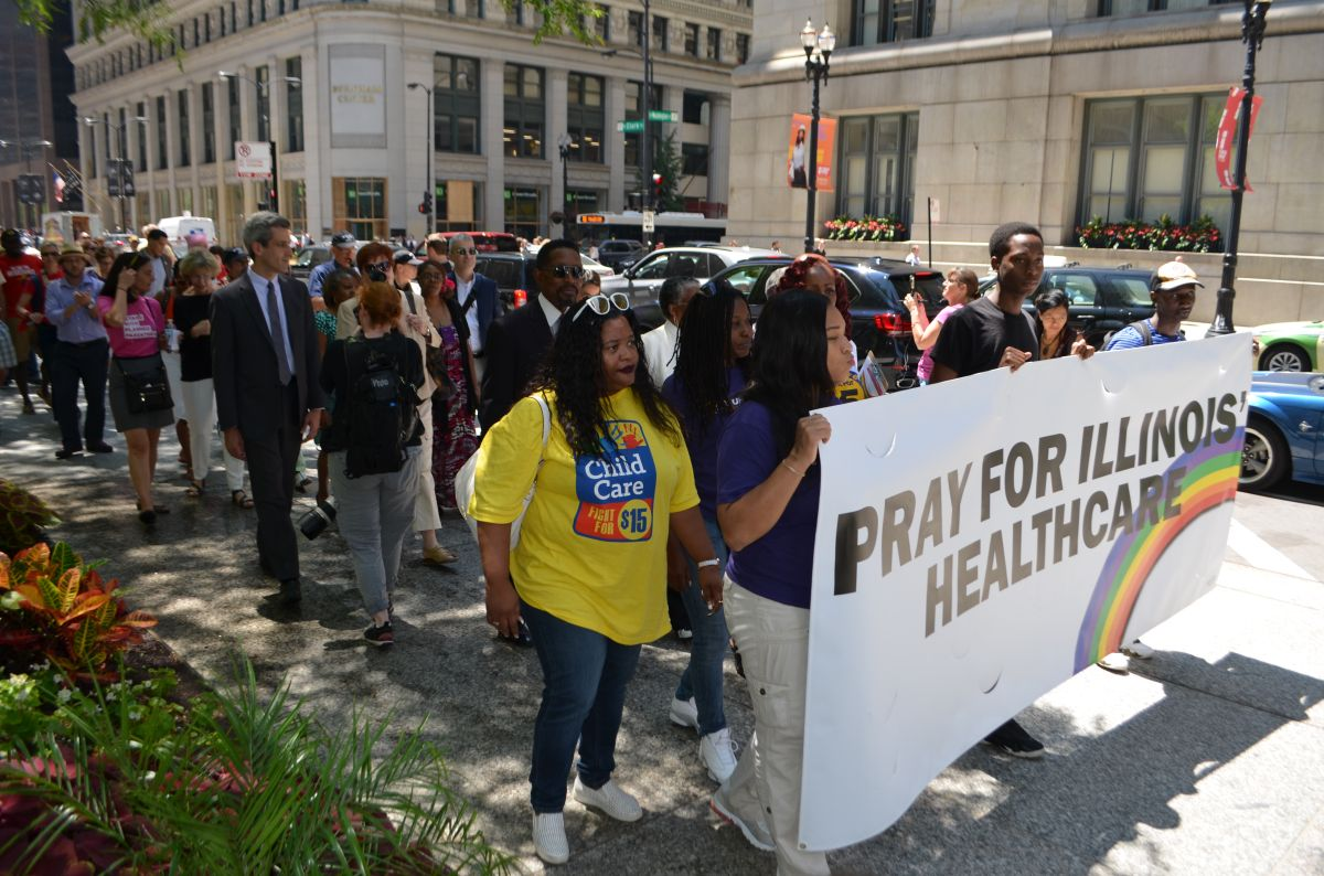 Mantienen la lucha activa en defensa de Obamacare en Chicago