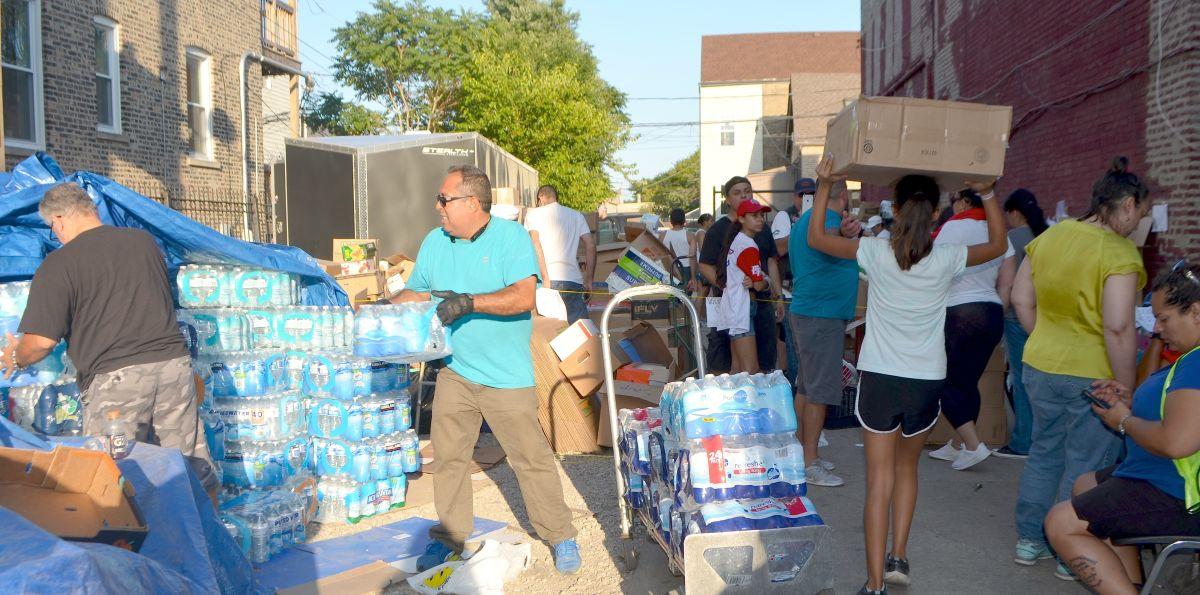Chicago trabaja para que Puerto Rico se levante tras el huracán María