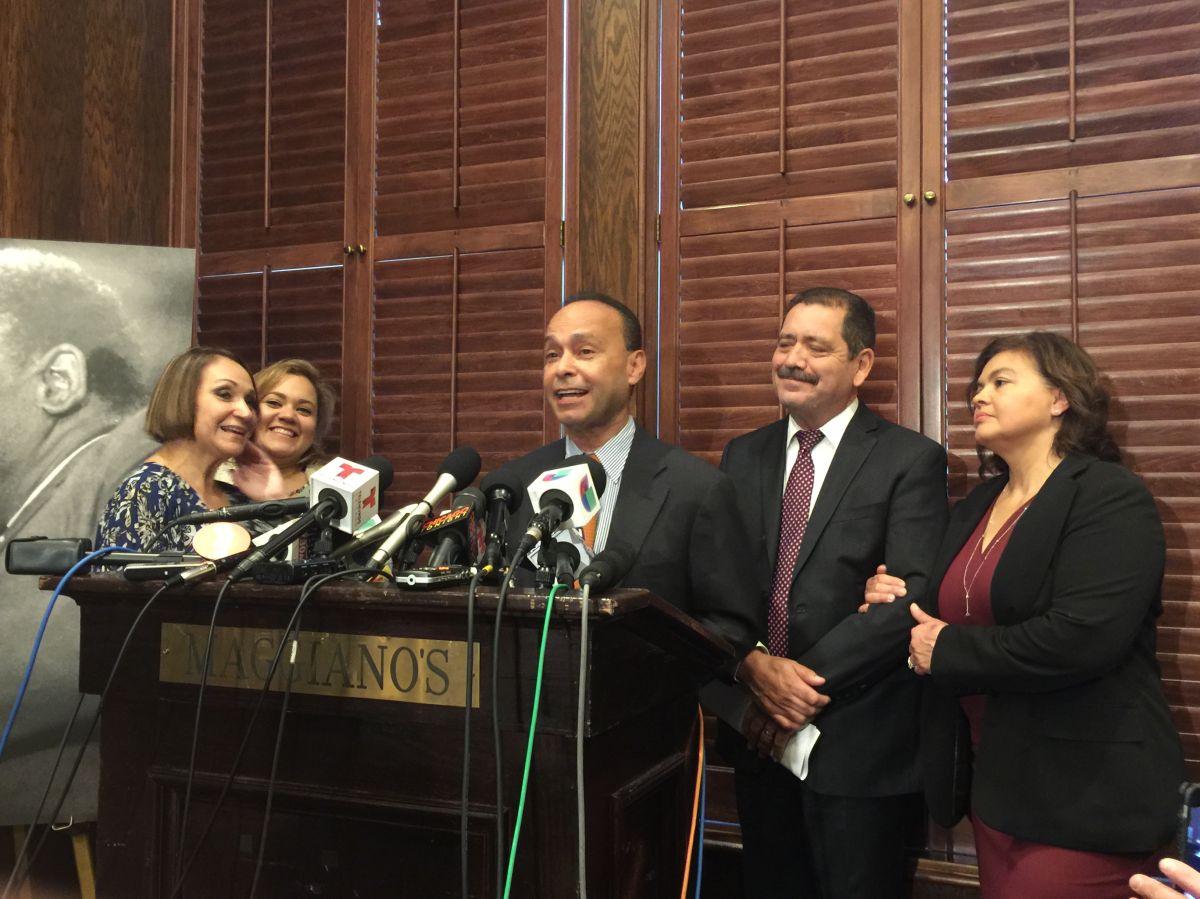 Pugna por curules calienta el debate político en Chicago rumbo a las primarias demócratas