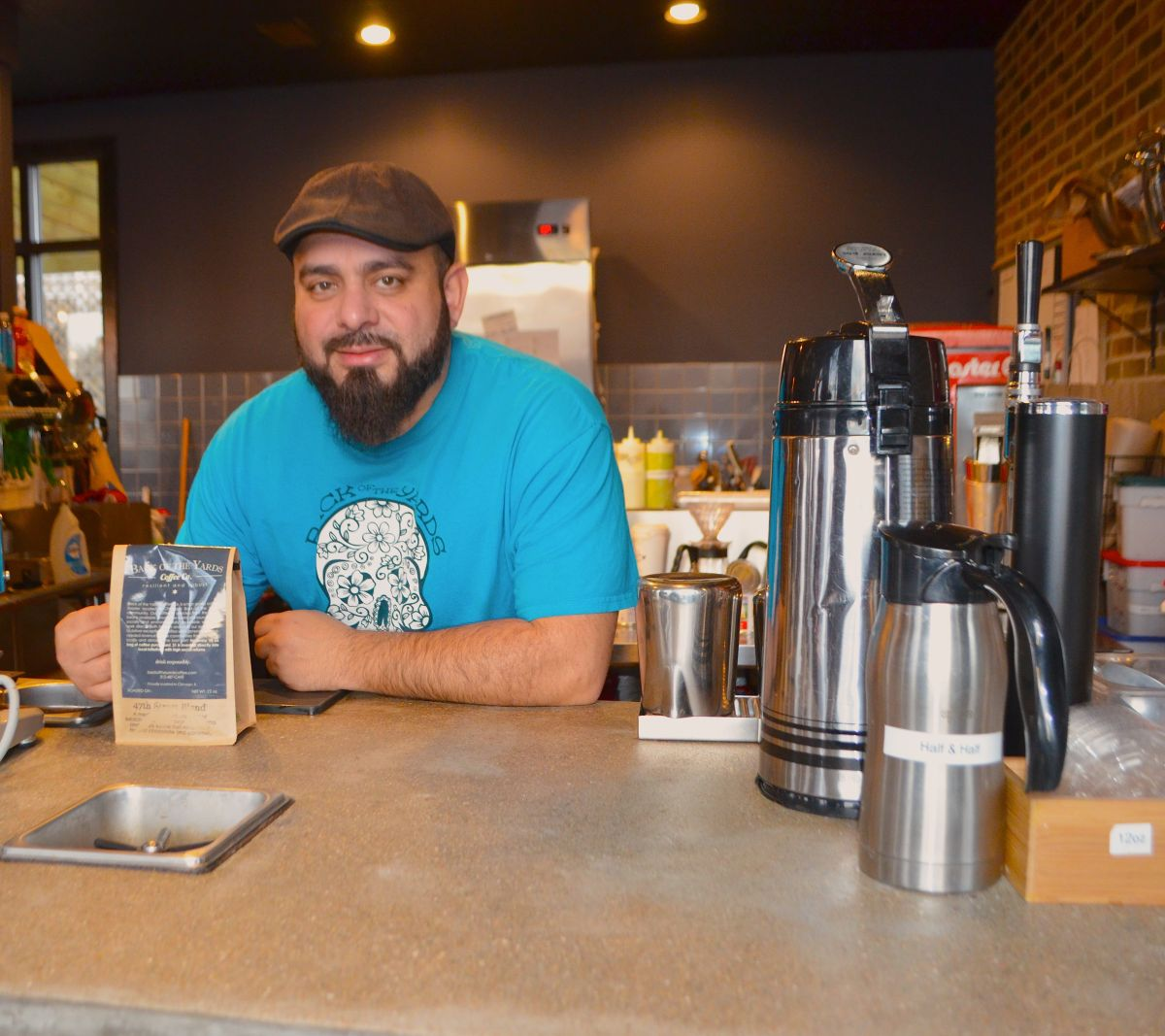 Usan el café para promover en Chicago desarrollo social y económico