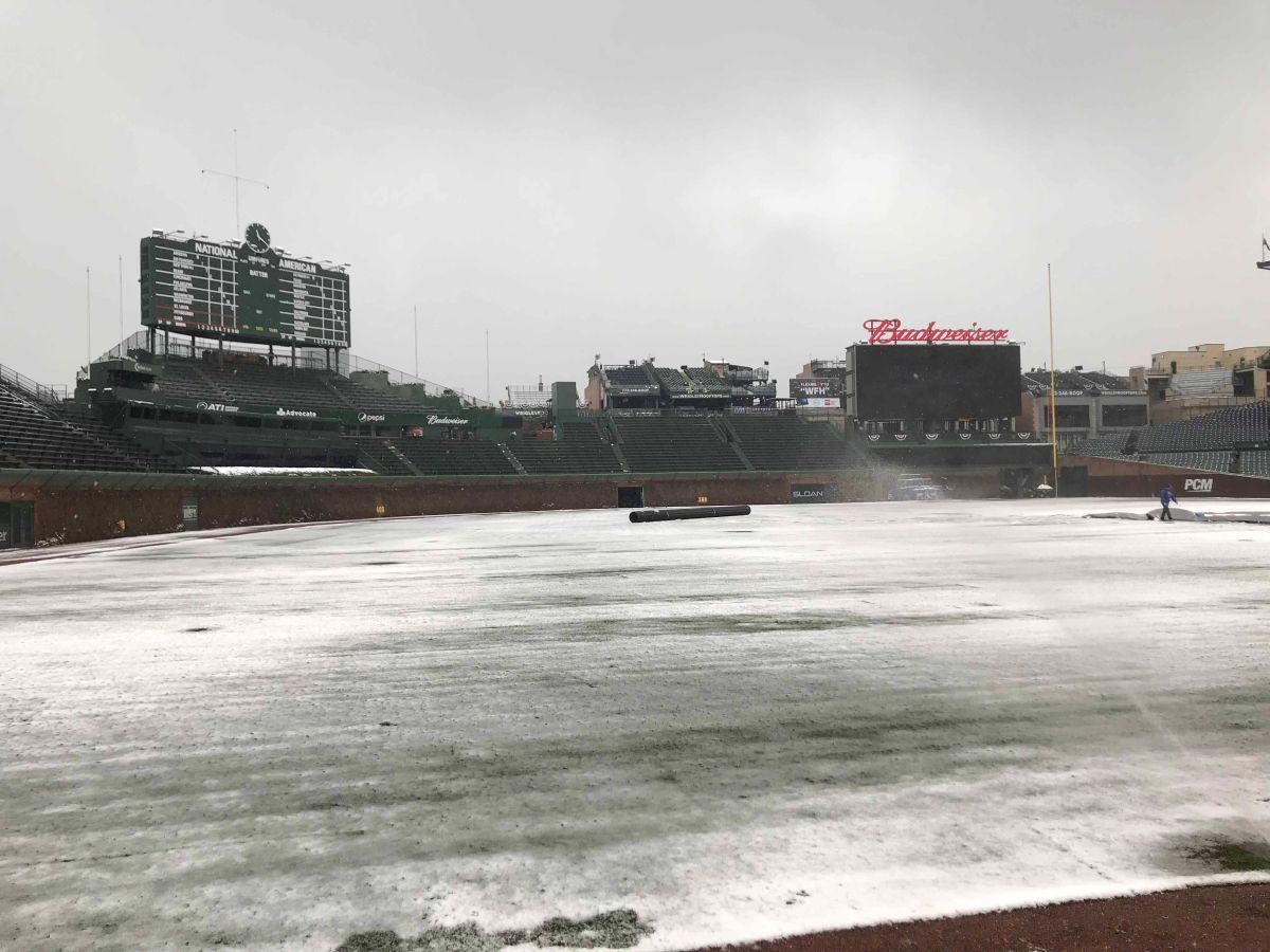 Blanco inicio del beisbol en Chicago