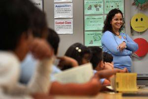 Encontrar maestros bilingües: un reto constante en las escuelas de Illinois