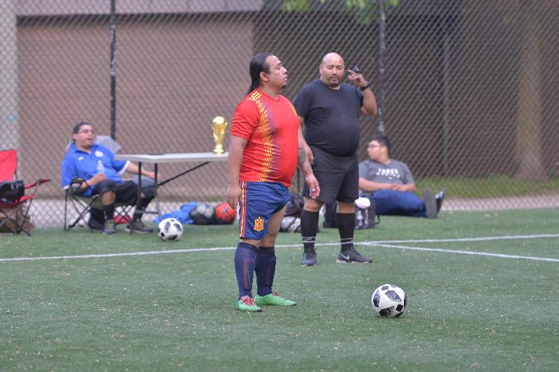 La 'Copa del Mundo' se exhibe en cada partido para motivar a las ocho selecciones. (Javier Quiroz / La Raza)