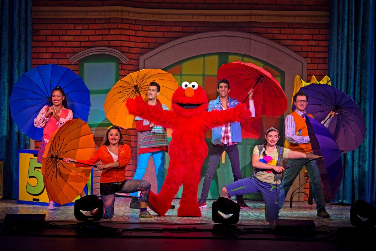 La magia de Elmo y Sesame Street Live!  llegan a Chicago