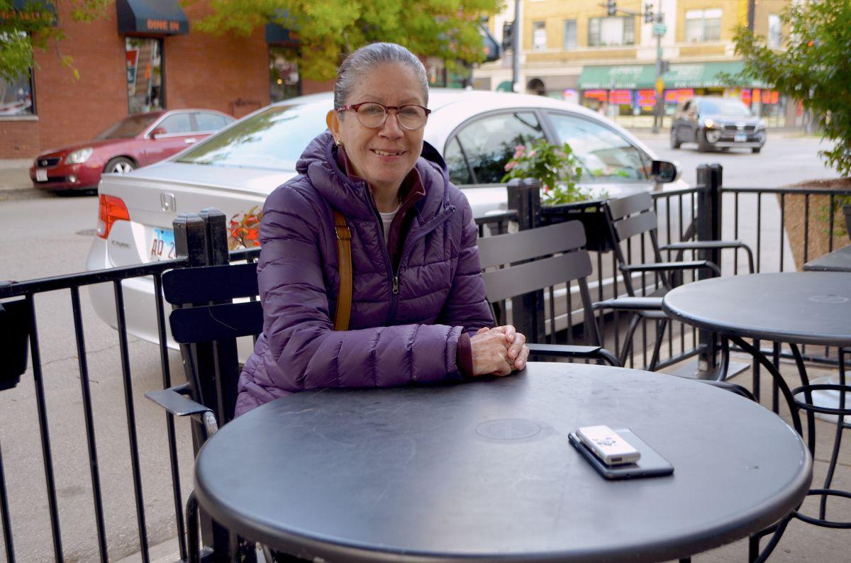 """""""Nunca vi al cáncer como una enfermedad terminal"""": sobreviviente de cáncer de mama de Chicago"""