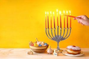 8 velas hechas a mano perfectas para usar en Hanukkah