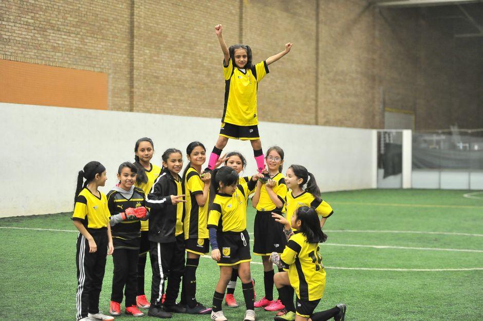 Las Matildas, un lugar en Chicago para que las niñas juegan futbol