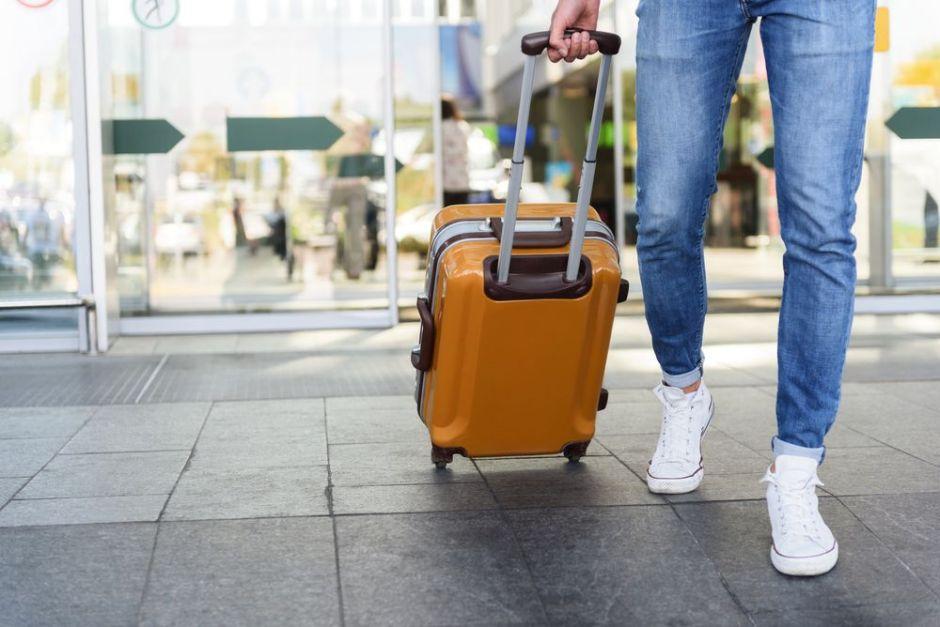 5 maletas de equipaje de mano que puedes conseguir en Amazon por menos de $50
