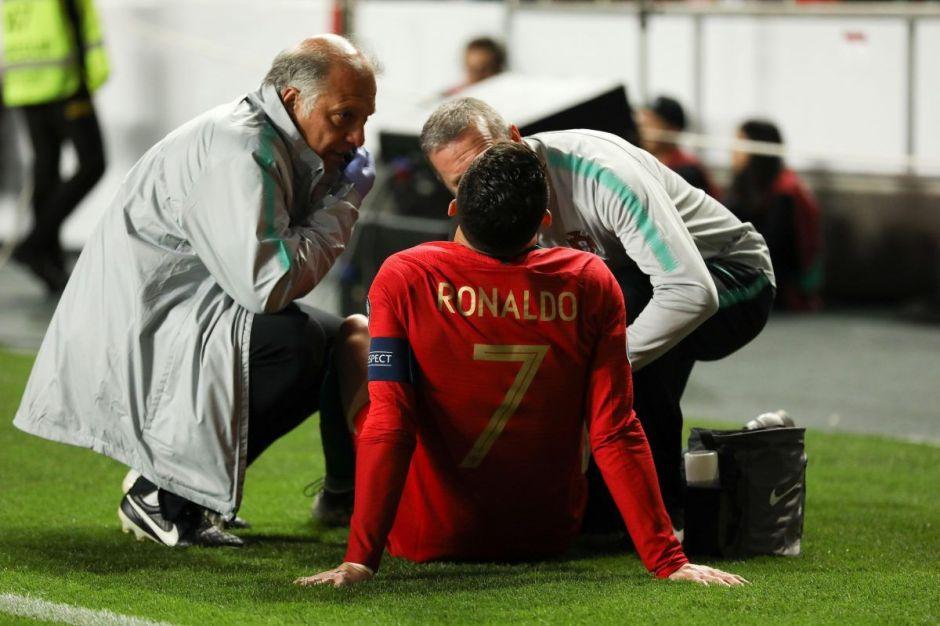 Alerta Roja: Cristiano Ronaldo salió lesionado del partido Portugal-Serbia