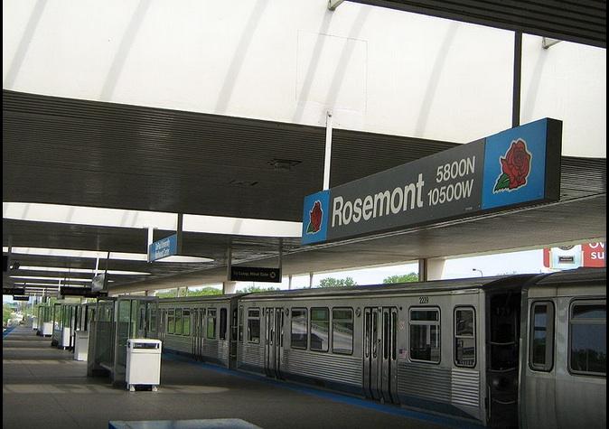 El servicio de la Línea Azul se interrumpió temporalmente entre las estaciones O'Hare y Jefferson Park.