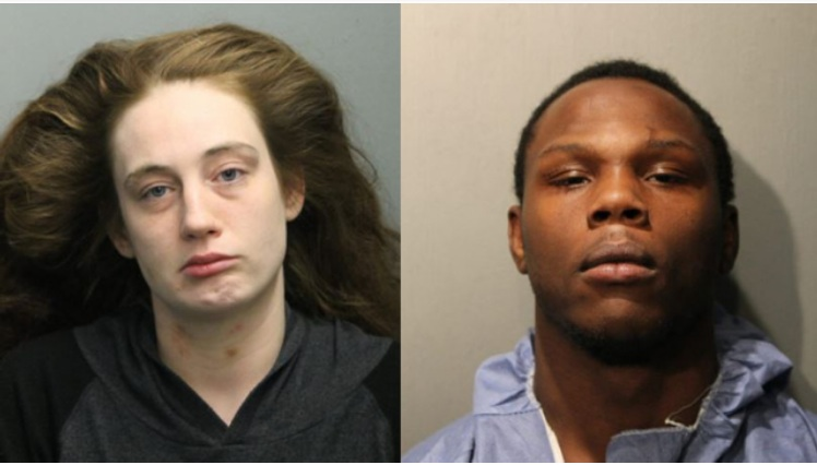 La madre del niño Brittany Hyc, de 28 años, fue acusada de poner en peligro a su hijo y su novio, Dejon Waters, de 21 años, fue acusado de asesinato en primer grado.