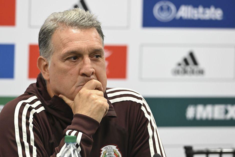 """El """"Tata"""" Martino le responde al Porto y le pide no mentir sobre """"Tecatito"""" Corona"""