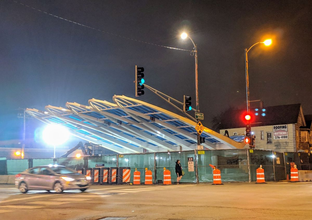 Renuevan la estación Belmont de la Línea Azul de la CTA
