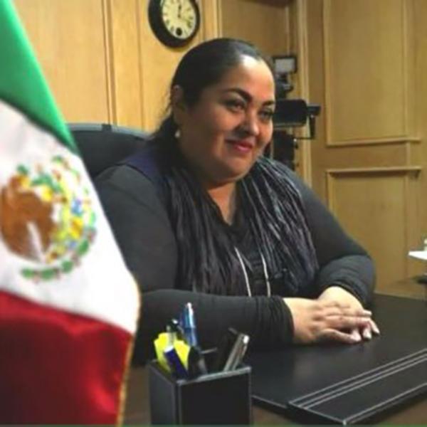 Nominan a Reyna Torres como cónsul general de México en Chicago