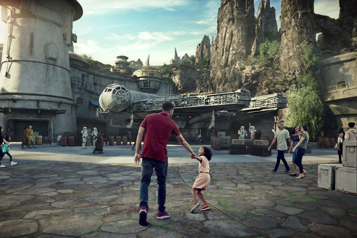 Disney lleva a sus parques la fuerza de Star Wars con la atracción Galaxy's Edge