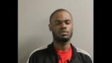 Acusan a hombre de varios robos a mano armada y abuso sexual en Chicago