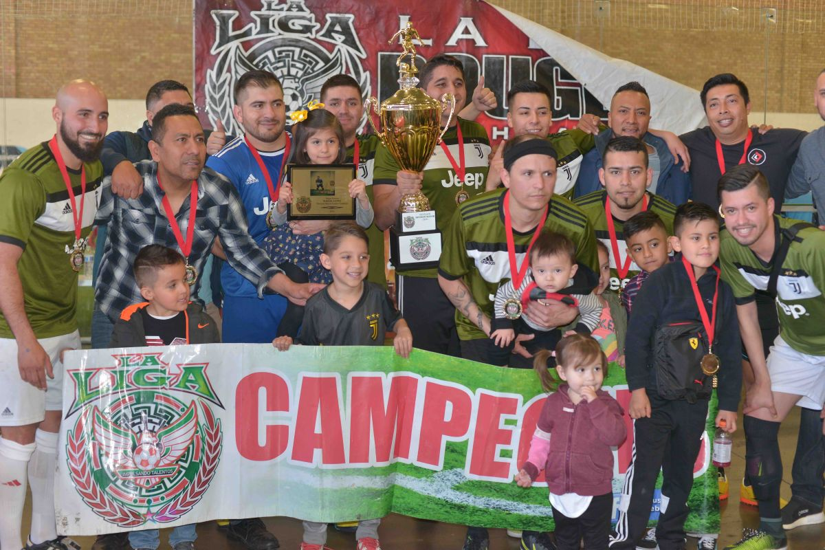 El Deportivo Guerrero se quedó con la copa de campeones del invierno en la División Mayor. (Javier Quiroz / La Raza)