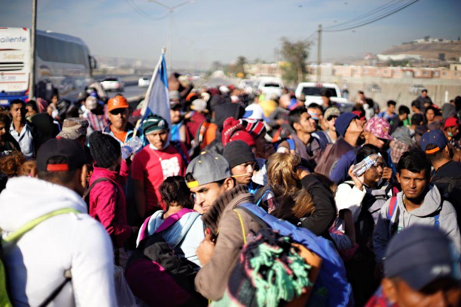 Caravana migrante entró a pueblo de Chiapas pese a bloqueo