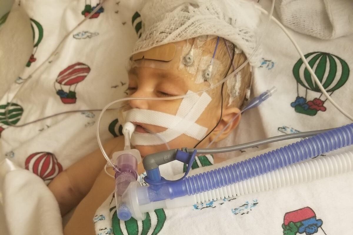 Buscan donante de hígado para salvar la vida de bebe de 5 meses