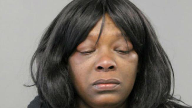 Los fiscales señalaron que Brenthia Shannon tiene una extensa historia criminal.