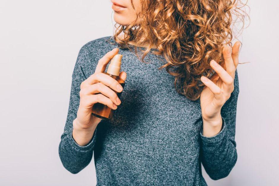 Los 4 mejores aceites naturales que fortalecen y aumentan el grosor del cabello