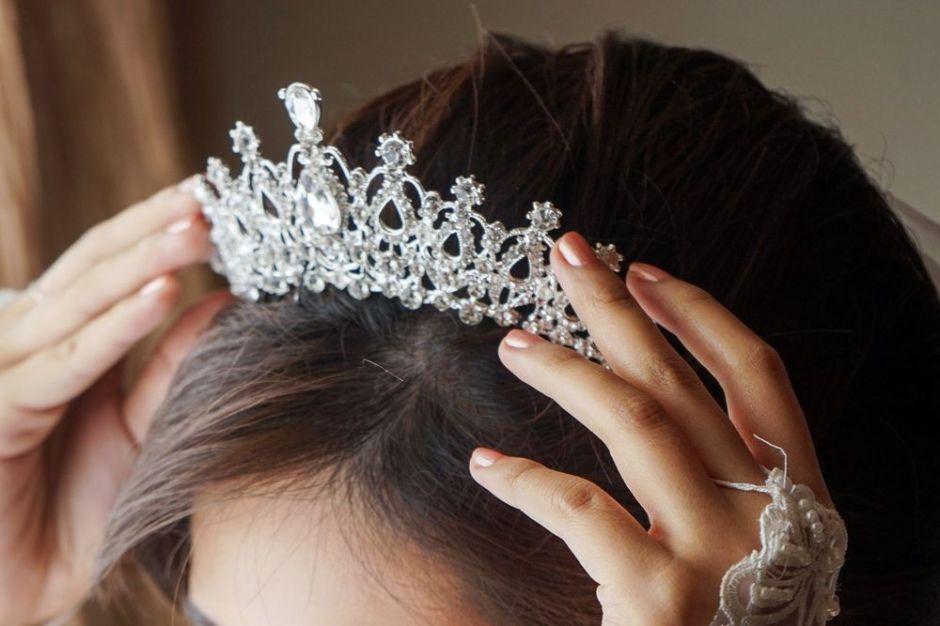 Las 9 mejores coronas para lucir como de la realeza en tu fiesta de quinces