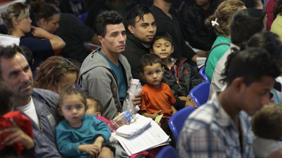 """Qué es un """"tercer país seguro"""" y por qué Trump quiere que AMLO acepte que México se convierta en uno"""