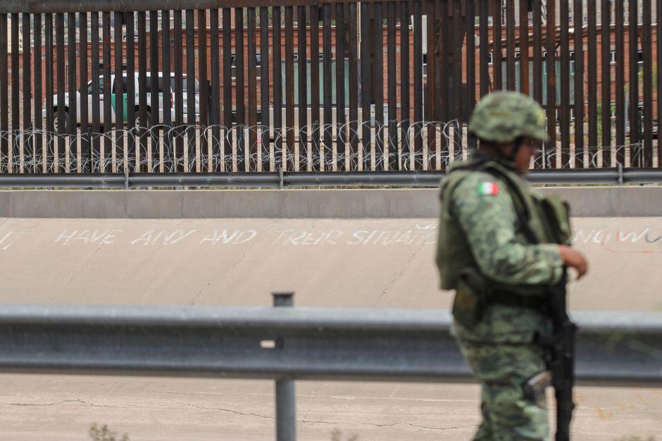 México desplaza 15,000 tropas a frontera con Estados Unidos