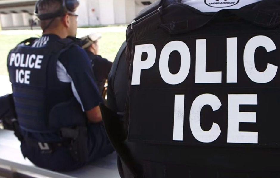 ICE captura a 140 inmigrantes en redada multiestatal