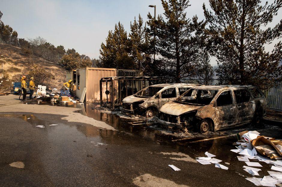 Levantan las órdenes de evacuación obligatorias por el incendio Saddleridge