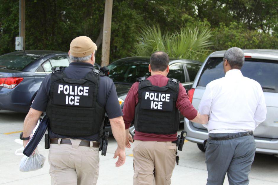 """Condado en Nueva Jersey vota """"Sí"""" para que Policía colabore con ICE"""