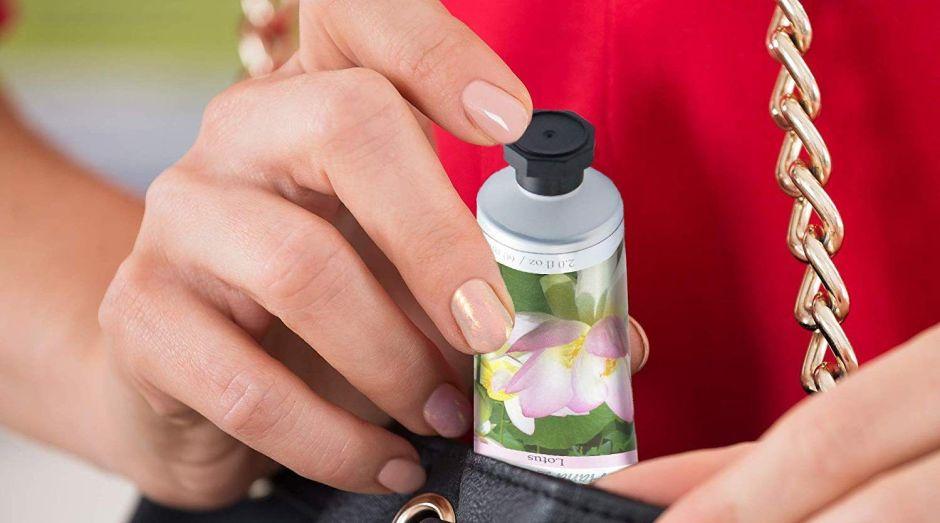 5 opciones de cremas humectantes para manos que puedes llevar en tu cartera