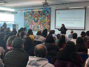 La 'carga pública' está bloqueada pero la incertidumbre afecta a inmigrantes en Chicago