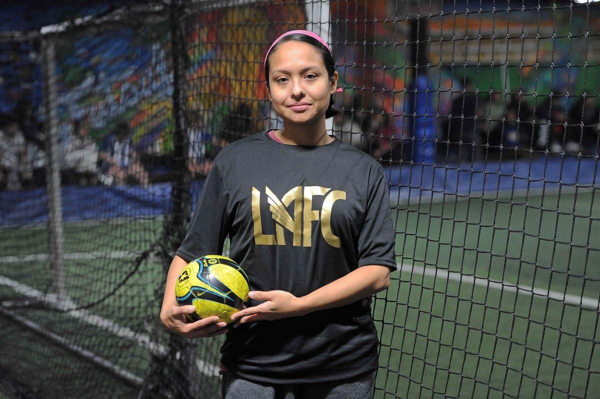 Buscan ser la mejor liga de futbol femenil en Chicago
