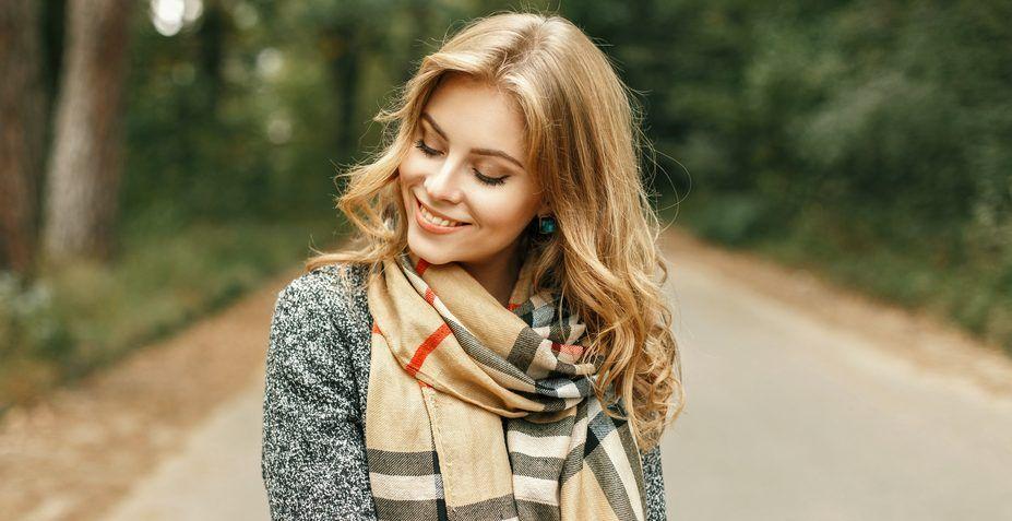 10 estilos de bufandas calientes y versátiles por menos de $12