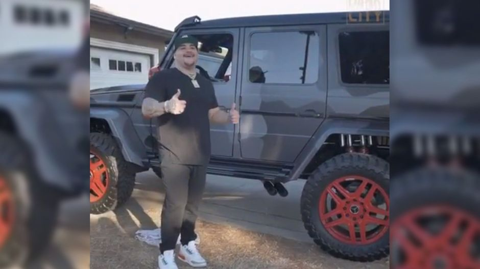 Andy Ruiz se da un 'gustito' de $126 mil dólares, después de que su papá le pidió que fuera humilde