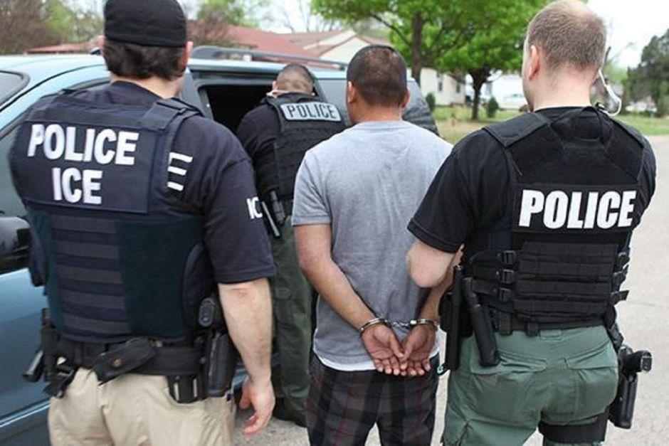 Jueza propina fuerte golpe a ICE por detenciones injustas de inmigrantes