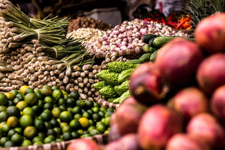 Los alimentos que hacen que tu cabello tenga más volumen y brillo