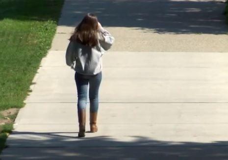 Texas: Mintió ser doctor para asaltar sexualmente a una estudiante de colegio